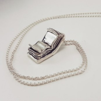 Book_Lover_Necklace