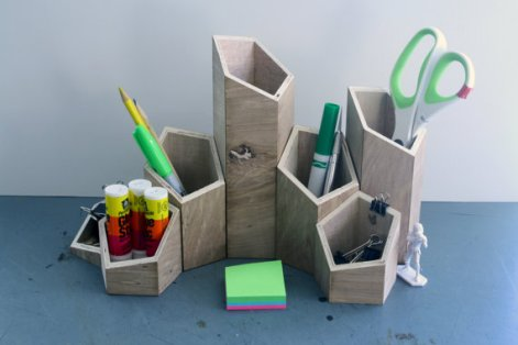 wood_desk_organizer