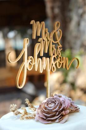 wooden_cake_topper_rustic_bohemian_wedding
