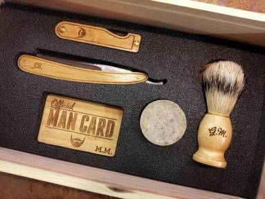 straight_razor_shaving_kit_wood_fathers_day_gift